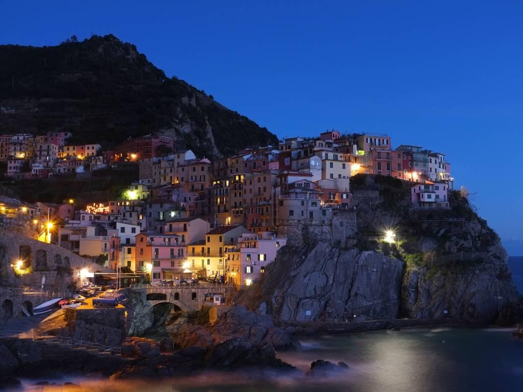 Best 4 week Europe Itineraries [Train, Cruises & More] - TourRadar