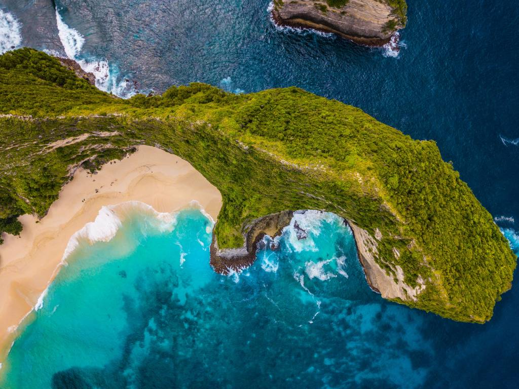 Aerial view of Kelingking Beach, Bali, Indonesia