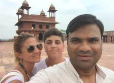 Golden Triangle India Tour With 3 Star Hotel Tour