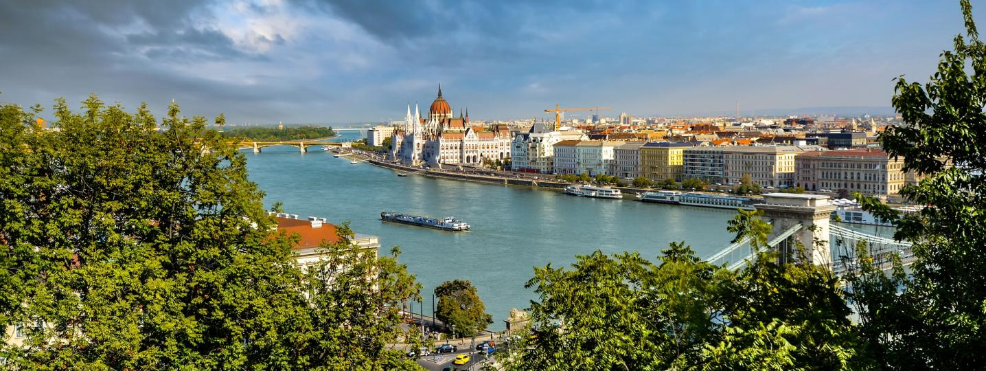 River Cruises and Cruise Tours from Budapest to Amsterdam