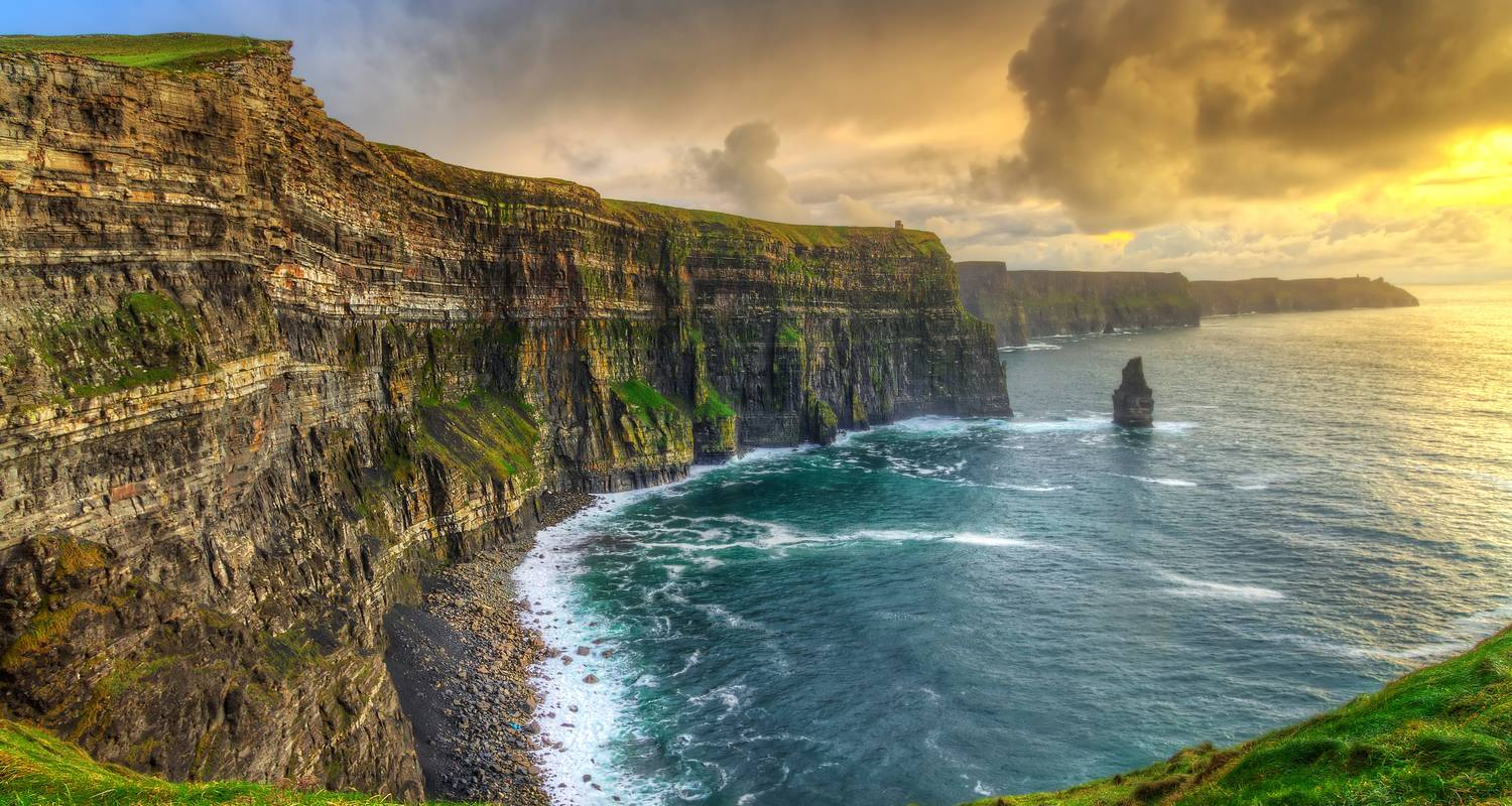 Countryside of the Emerald Isle (including Aran Islands) - Collette