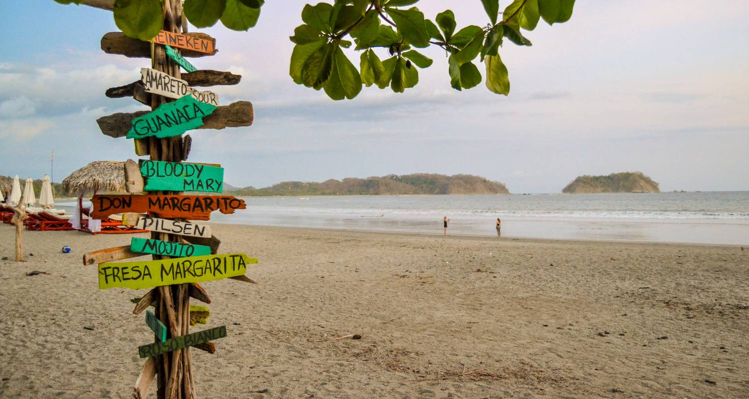Basic Costa Rica: Coastlines & Cloud Forests - G Adventures