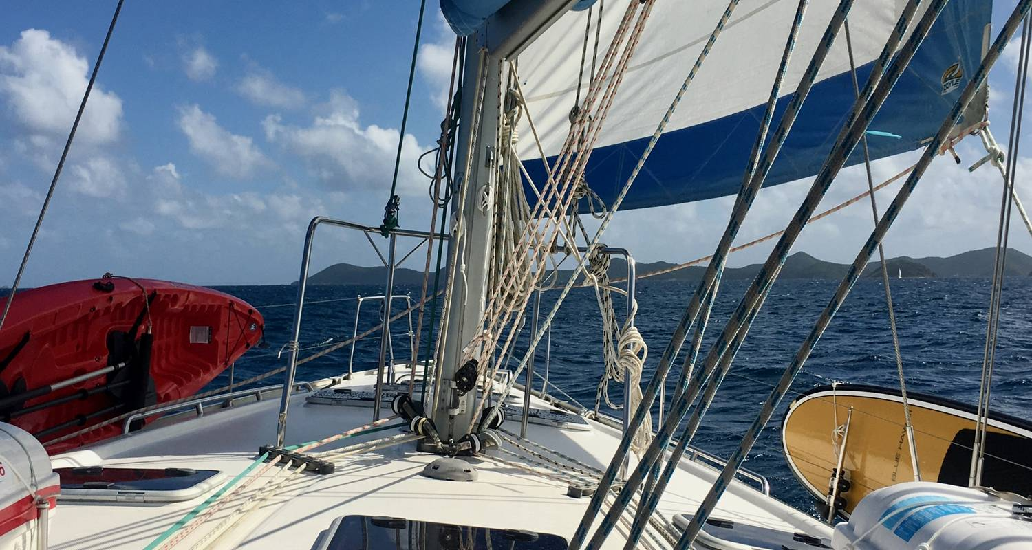 Adventure Sailing Trip in Grenada & The Grenadines - BlueFoot Travel