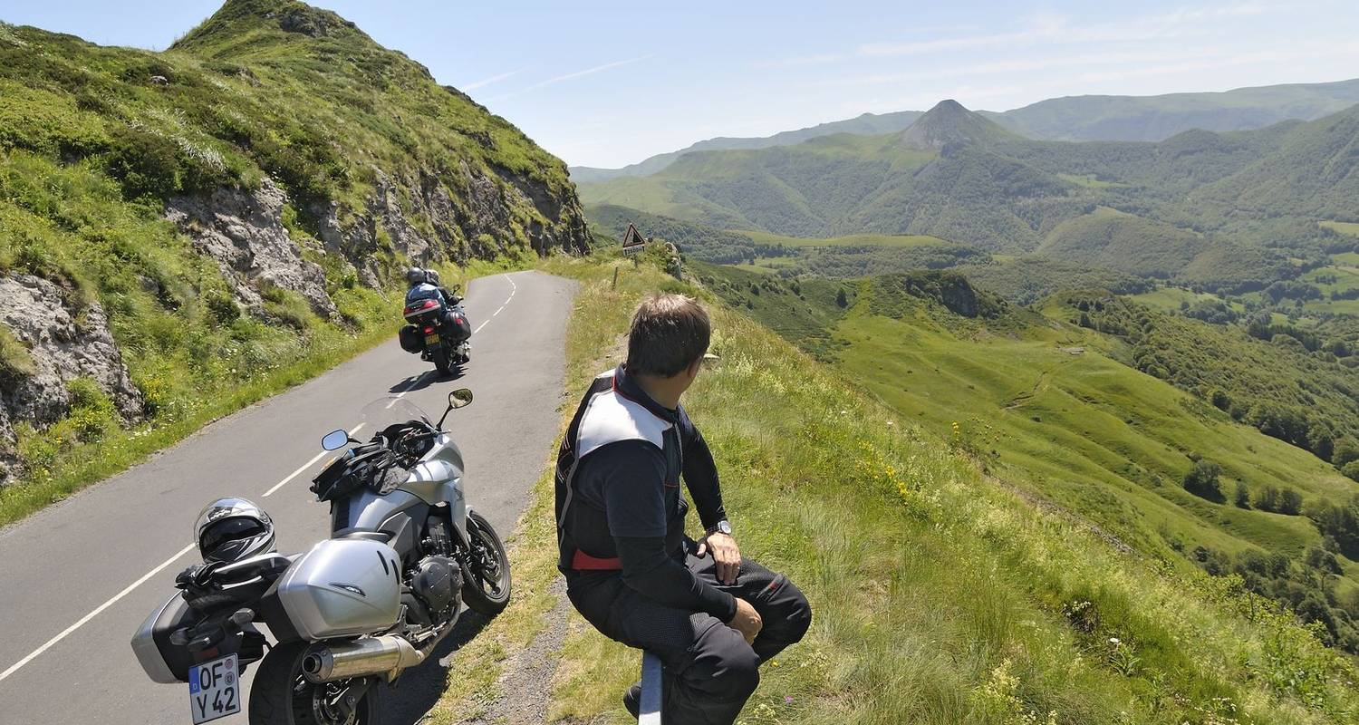 Auvergne Motorcycle Tour (Self-Guided) - Ride in Tours