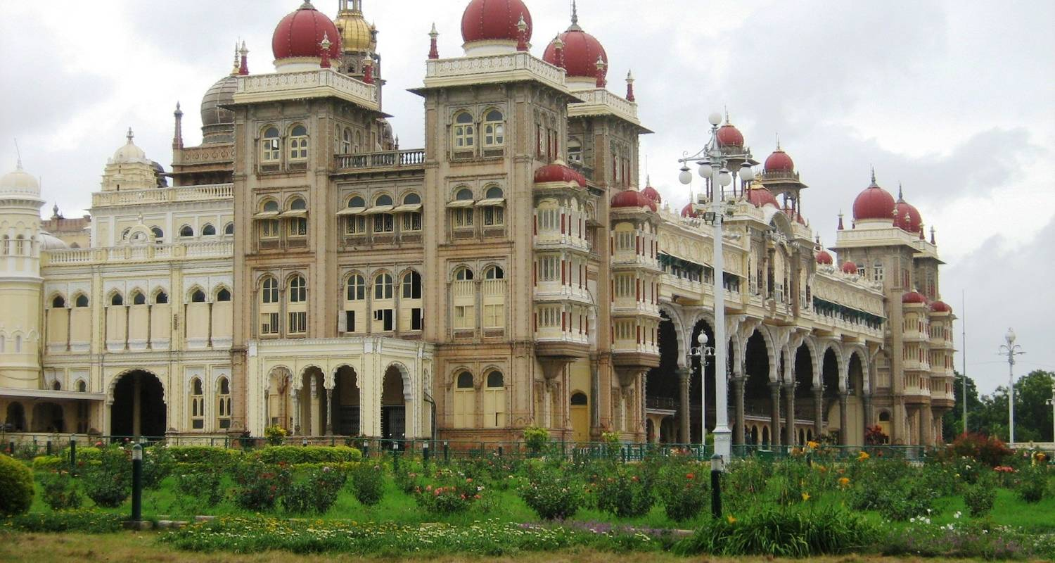 Tour of Mysore and Ooty  - Apollo Voyages