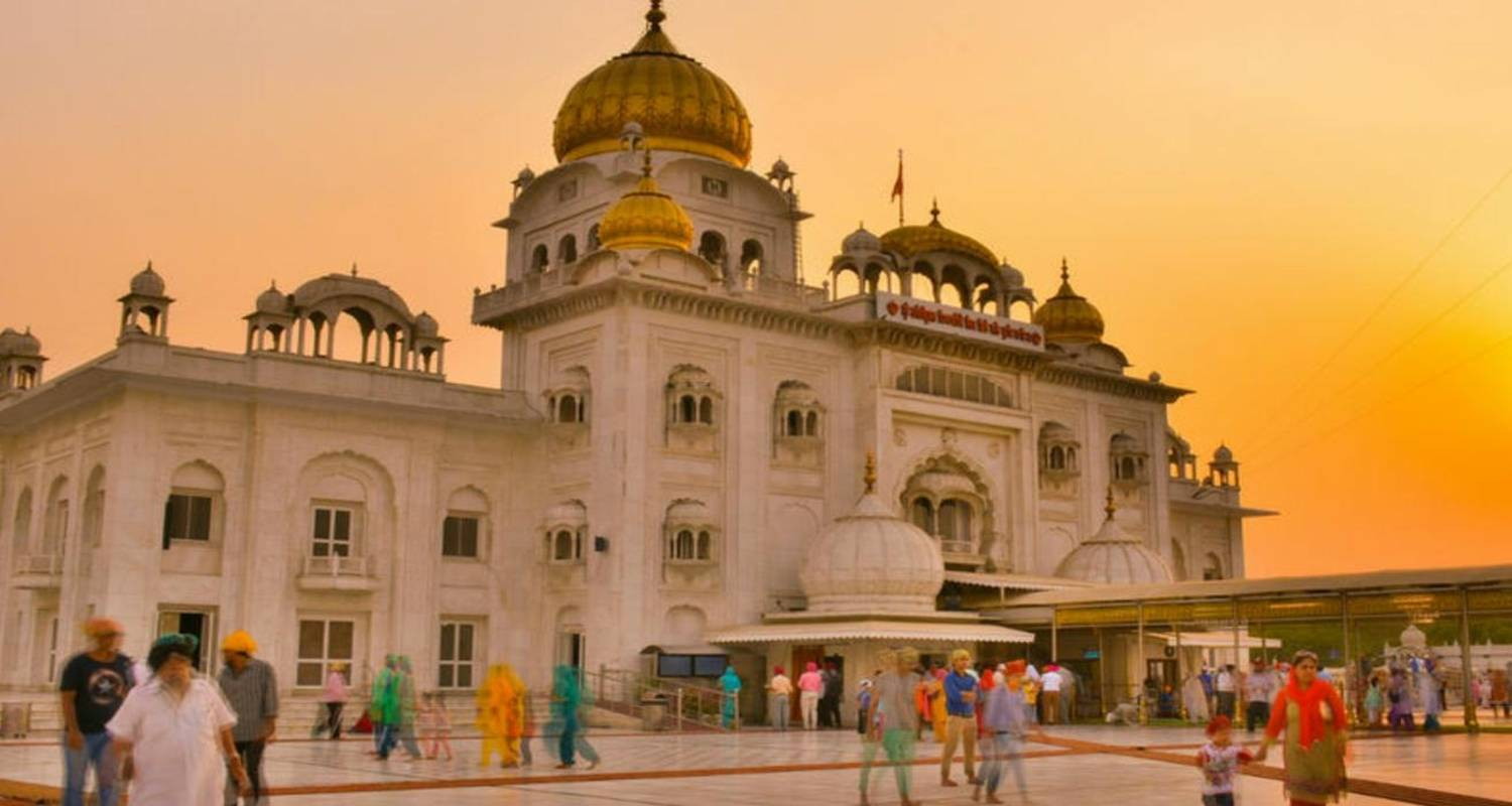 Luxury Golden Triangle Tour With 5 Star Accomodation - Taj Destination Tours