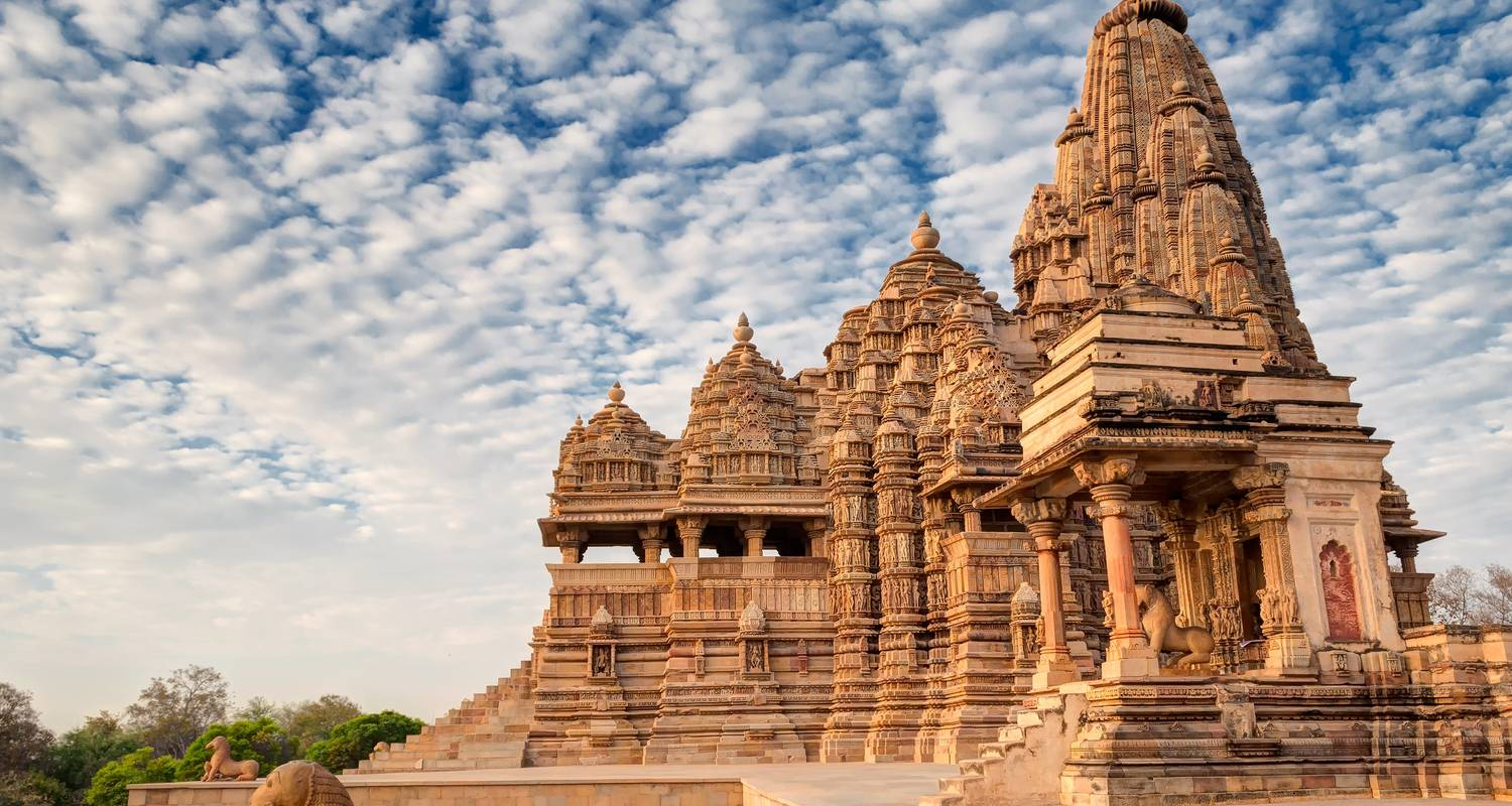 Taj Khajuraho and Varanasi combined from Delhi - Discover Activities