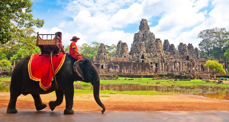 Cambodia queen travel