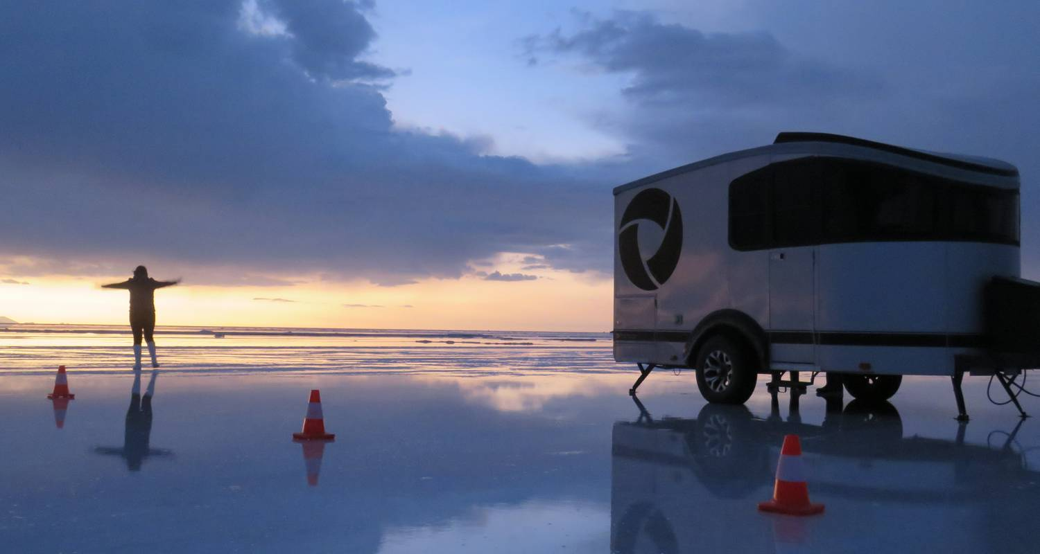 Deluxe Camping Tour, Uyuni Salt Flats with trekking to Tunupa Volcano from Uyuni. - Joker Expedition