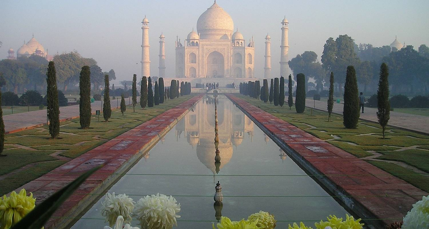India Taj and Tiger Tour with Erotic Sculptures of Khajuraho - Alkof Holidays