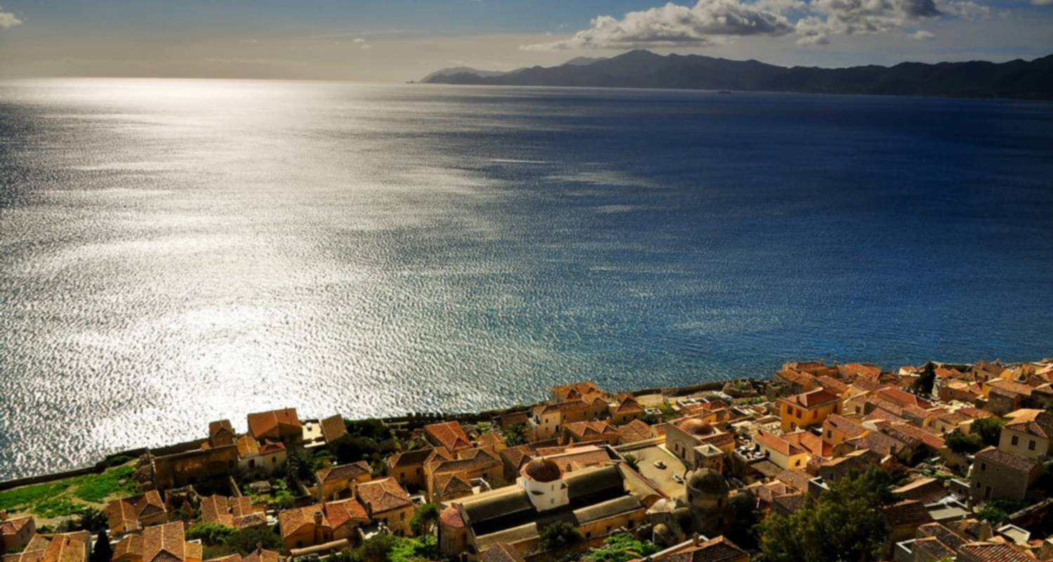6 Day Tour to Mythical Castles of Peloponnese, Olympia, Delphi, Meteora - Private Tours Greece