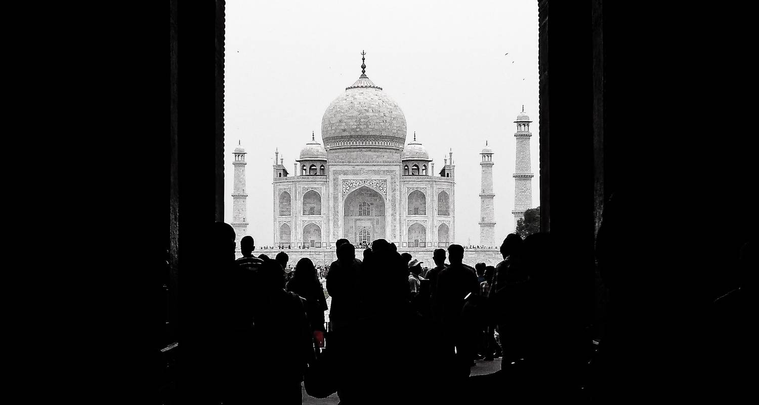 Taj Mahal Sonnenaufgang - Private Tour mit dem Auto - Dreamz Tours & Travels