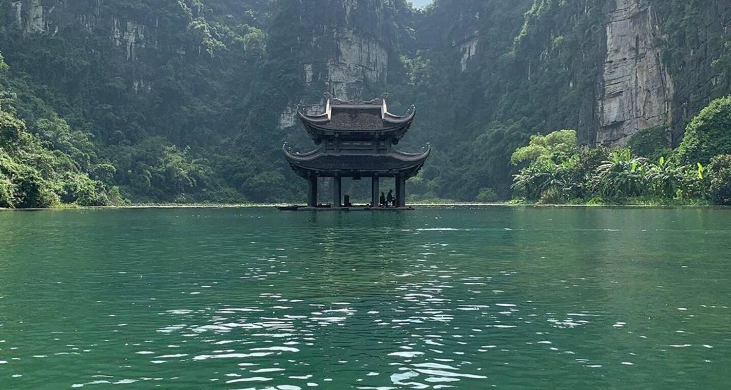 Ha Noi- NINH BINH (SIC TOUR) - Victoriatour and General Commercial Company Limited