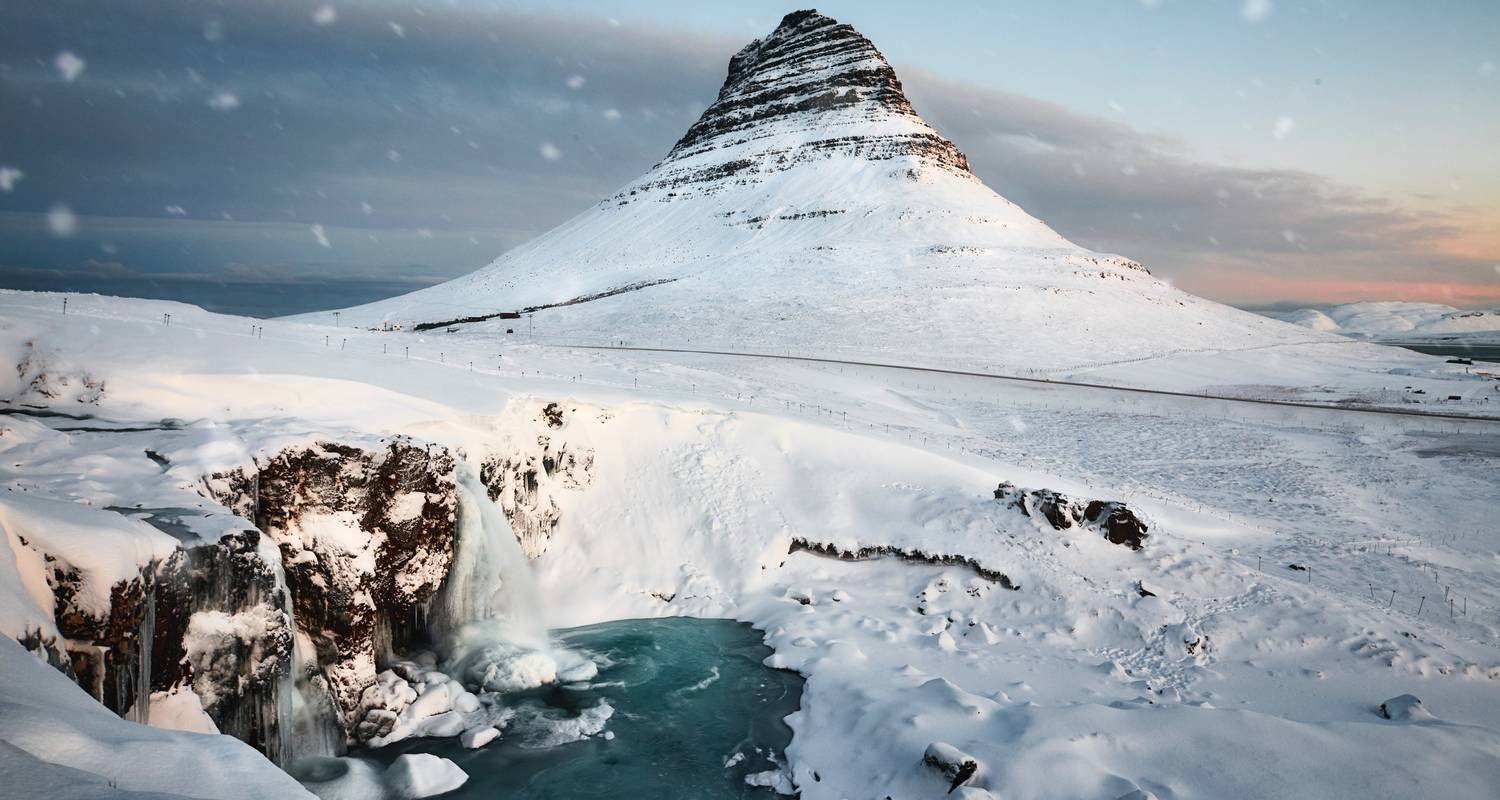 5 Day Blue Ice Cave, Snæfellsnes, Golden Circle, South Coast & Northern Lights Tour - Troll Expeditions