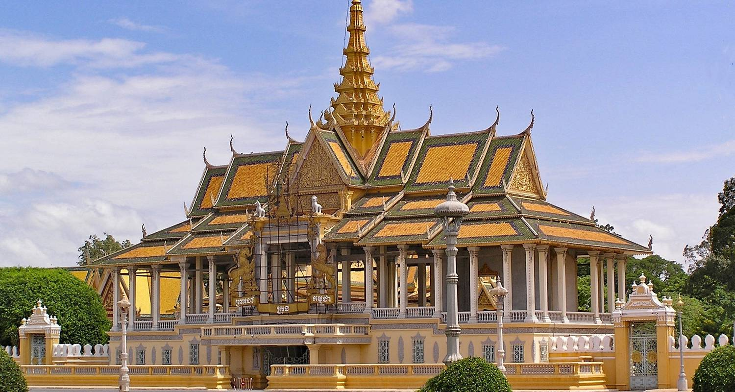 From the Angkor Temples to the Mekong Delta (16 destinations) - CroisiEurope River Cruises