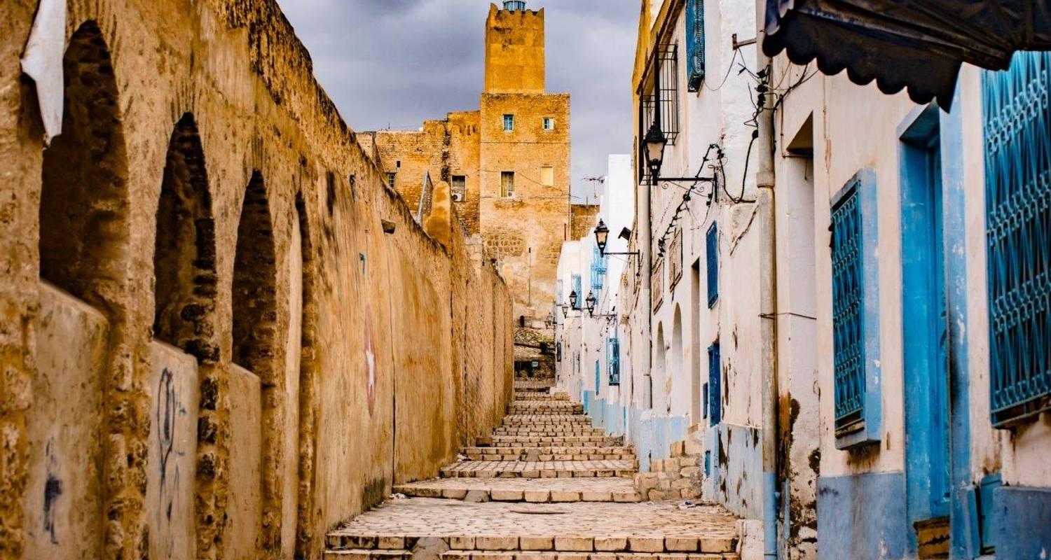 From the Mainland to the Island - Tunisie Voyages
