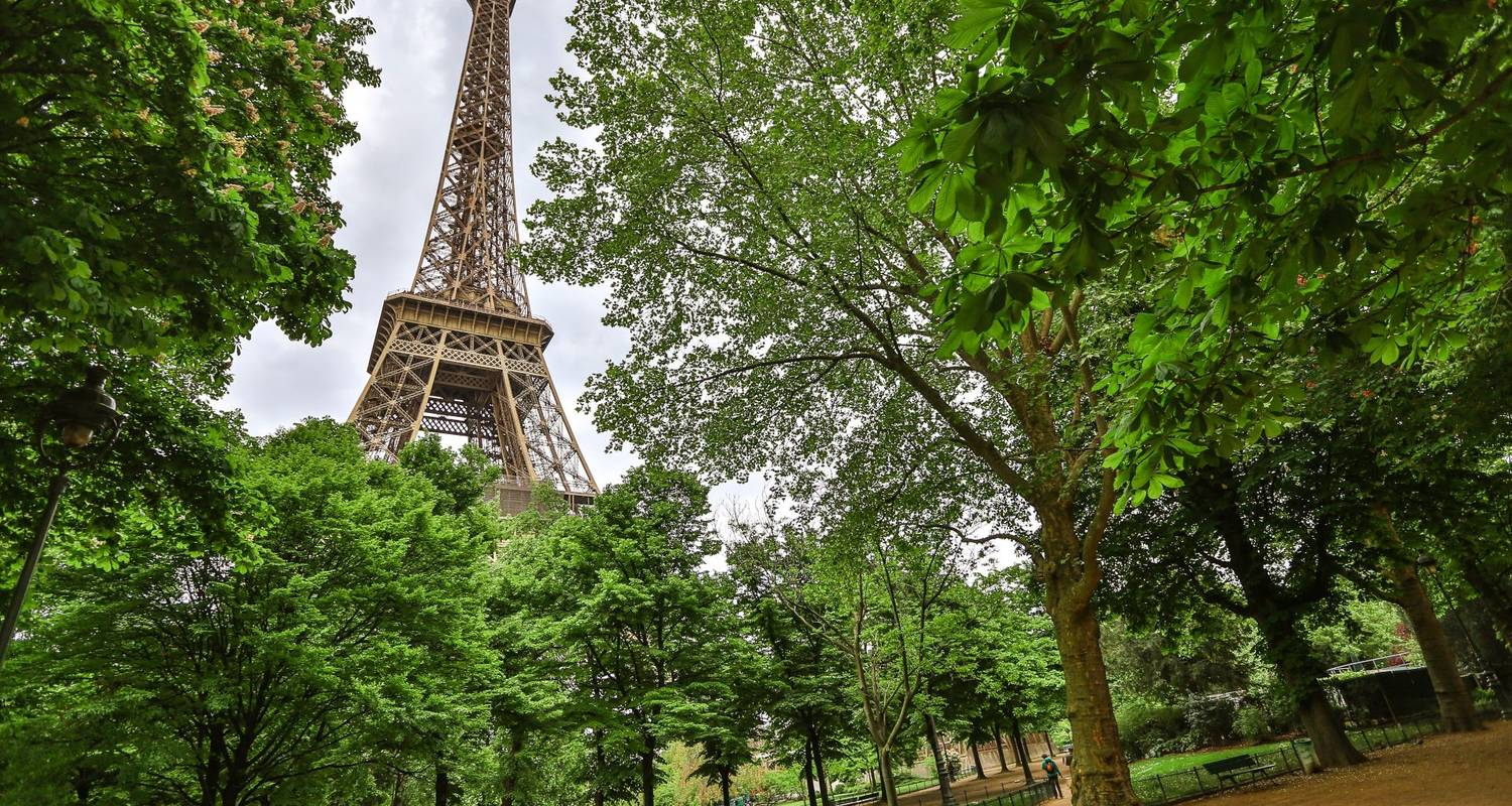 Paris, Normandie & Chateaux Land mit London (11 destinations) - Globus