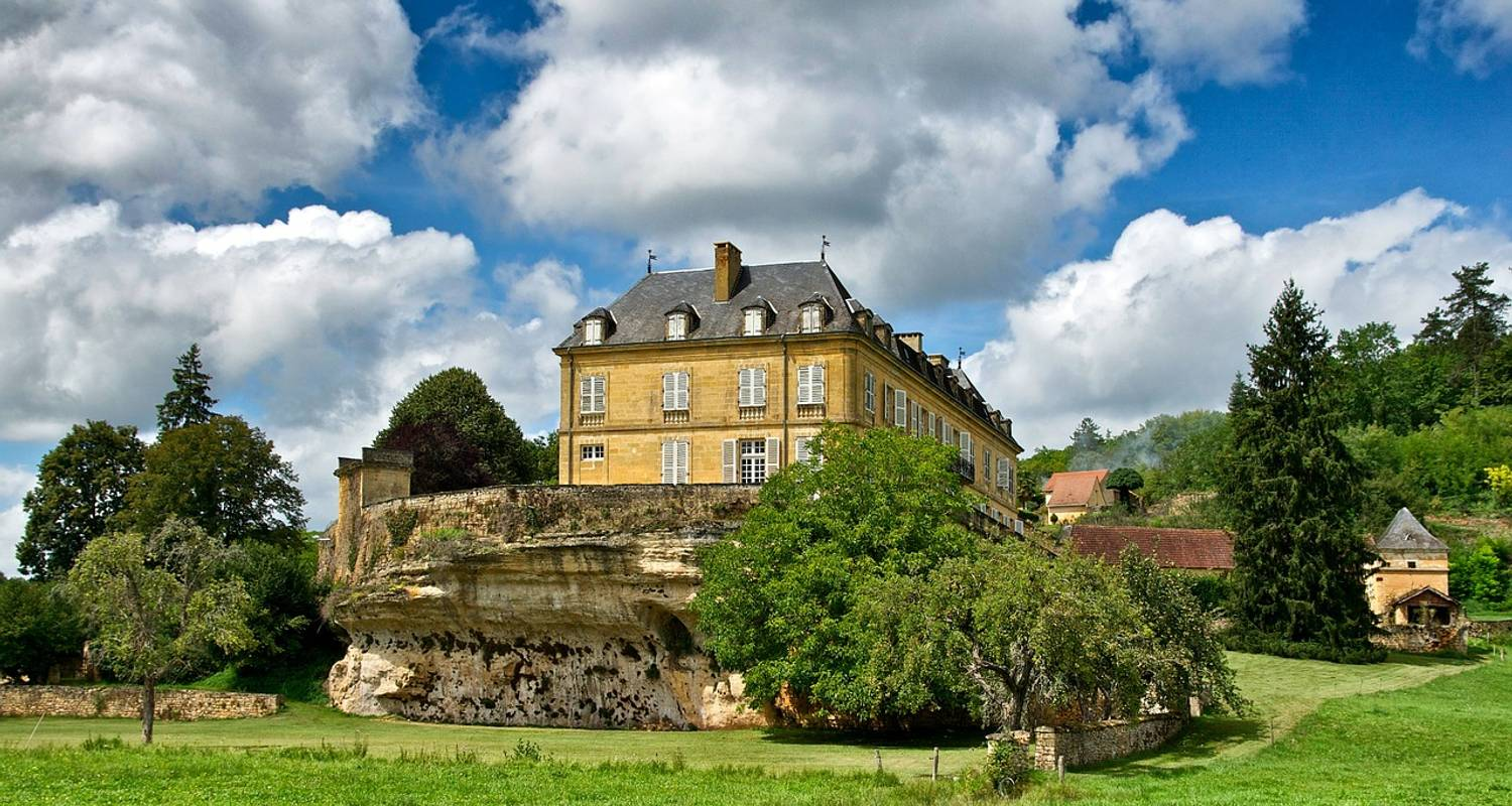 Cycling the Dordogne - ExperiencePlus! Bicycle Tours