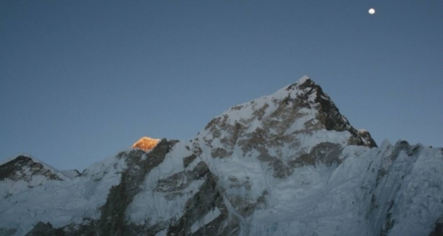 GHT Everest & Rolwaling Traverse via Tashi Labsta Pass - World Expeditions