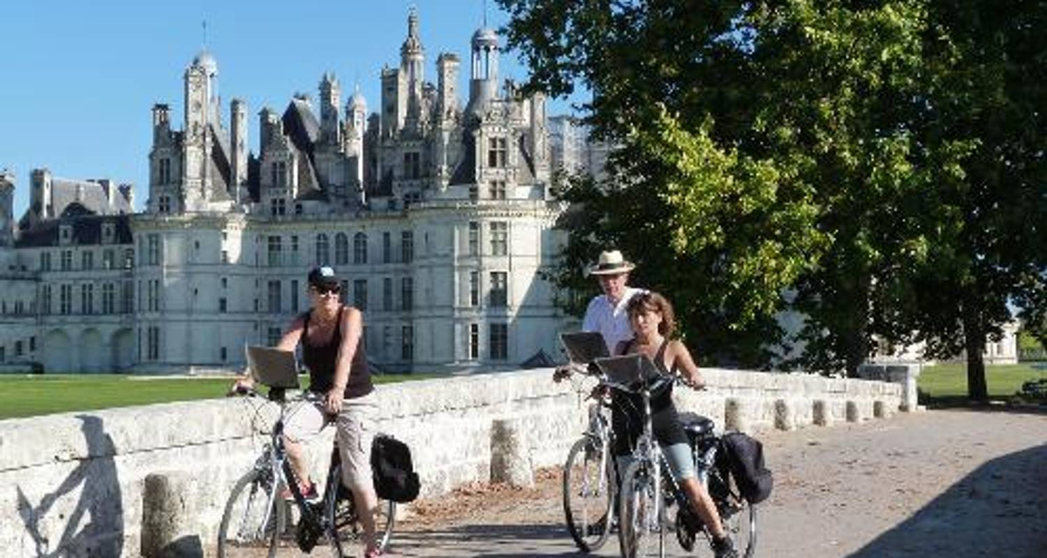 Loire Valley Castles - UTracks