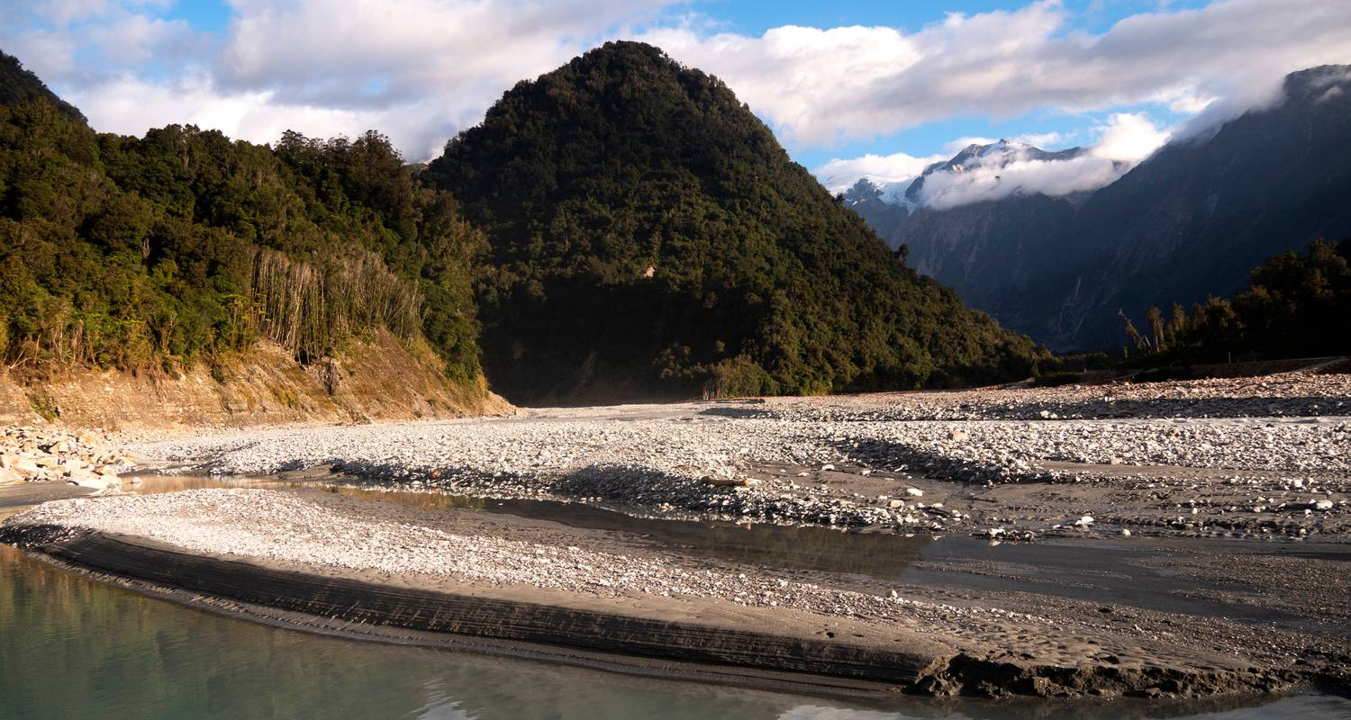 New Zealand: South Island Encompassed - G Adventures