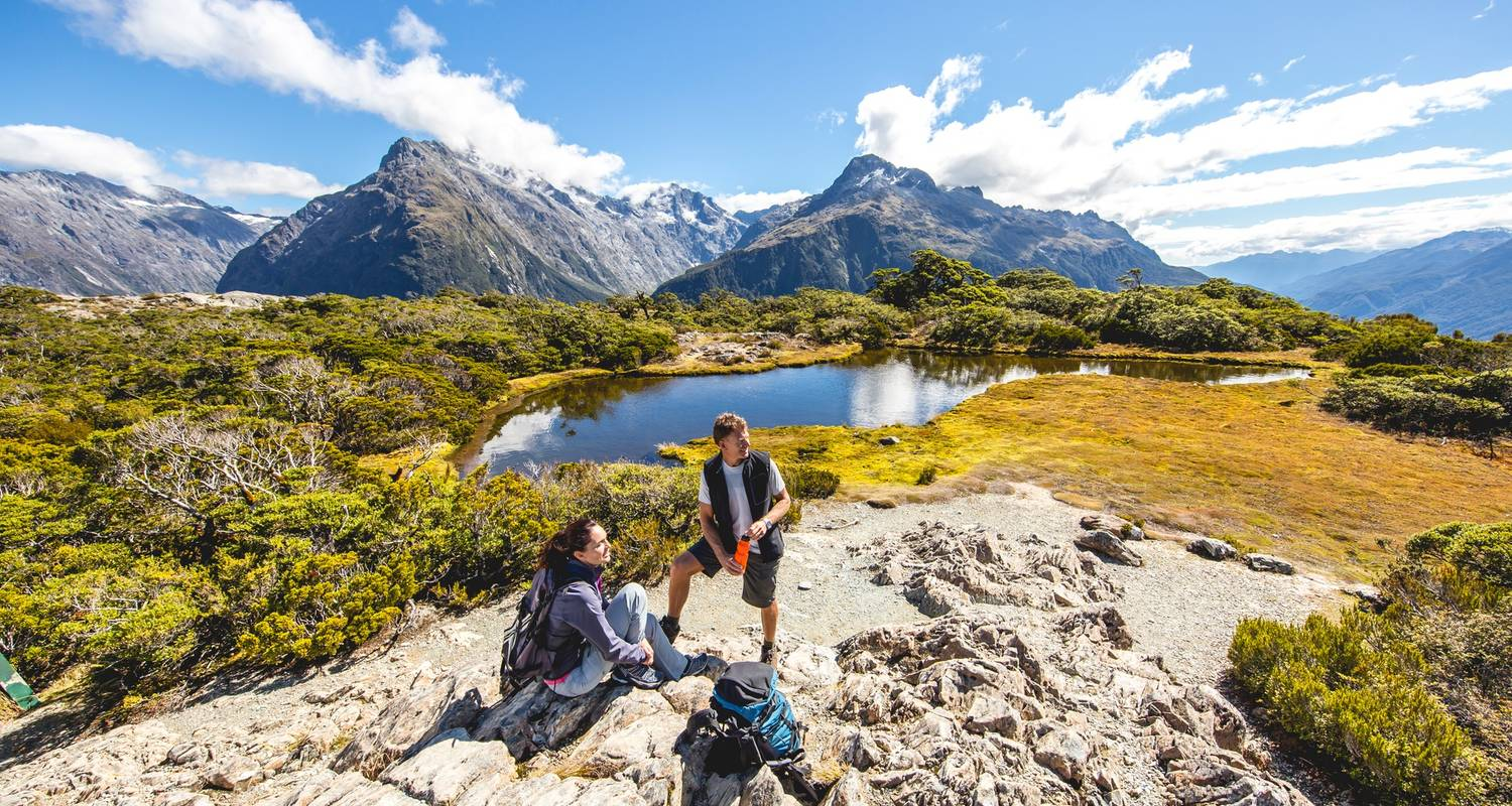 Ultimate Explorer (27 days) from Auckland - top rated by National Geographic - Flying Kiwi