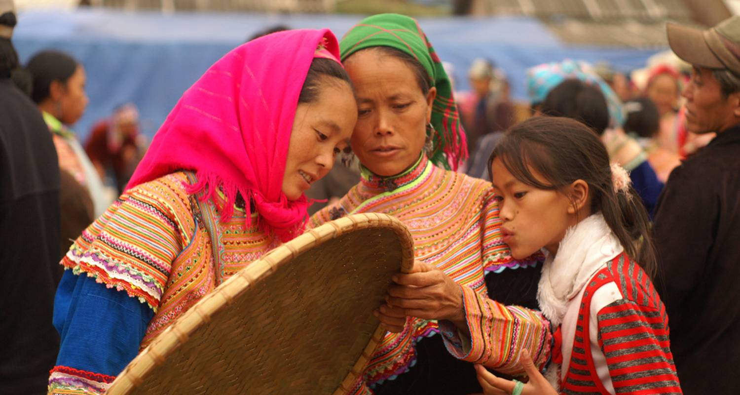 Sapa Bac Ha Sunday Market 2Days/3Nights - Legend Travel Group
