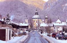 Classic Christmas Markets featuring markets in Innsbruck, Munich, Strasbourg, Nuremberg and Würzburg (Oberammergau to Würzburg) Tour
