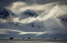 Fly & Cruise - Antarctica - Deep South Extended Circle Voyage Tour