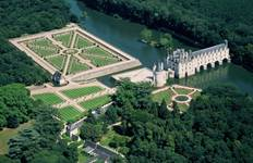 3 Days Trip to Normandy, Mont Saint Michel & the Loire Valley Castles - Hotel Transfers Tour