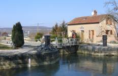 Burgundy Canals and Vineyards Tour