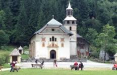Mont Blanc Family Walk - France to Italy Tour