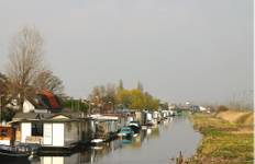 Holland Family Barge & Bike Tour
