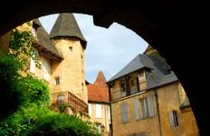 Bordeaux, Dordogne & Languedoc Tour