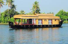 Explore Enchanting Kerala Tour