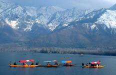 Golden Triangle Tour with Srinagar Tour