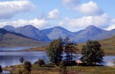 Lochs, Castles and the Kelpies Tour