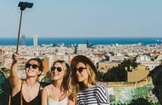Gaudi and Glitz Tour