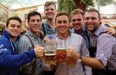 Munich Springfest HOSTEL Tour