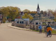 Mackinac Island featuring The Grand Hotel Tour