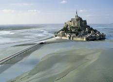 3 Days Mont Saint Michel, Loire Castles with Paris Hotel Pick-up Tour