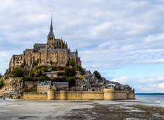 3 Day Normandy, Mont Saint Michel, Loire Valley - Paris Hotel Pick-up Tour