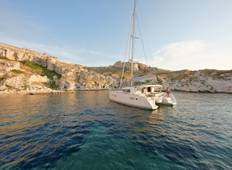 Greece Cyclades Explorer: Premier Catamaran From Paros Tour