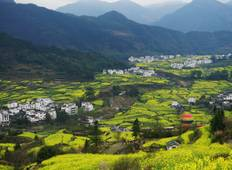 Exploring rural China in Wuyuan Scenic Area from Shanghai Tour