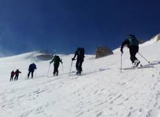Ski touring in Zagros & sightseeing in Isfahan Tour