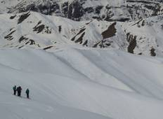 Ski touring in Damavand area Tour