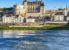 Paris, Loire Castles and Champagne Discovery  Tour