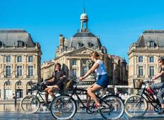 Biking along the Gironde (port-to-port cruise) Tour
