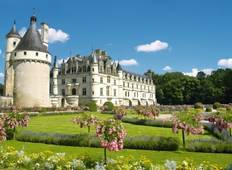 From the Châteaux of Chambord and Chenonceau to the Loire Valley (9 destinations) Tour