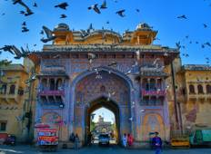 Classy Golden triangle Delhi Agra Jaipur, 4 star accommodation Tour